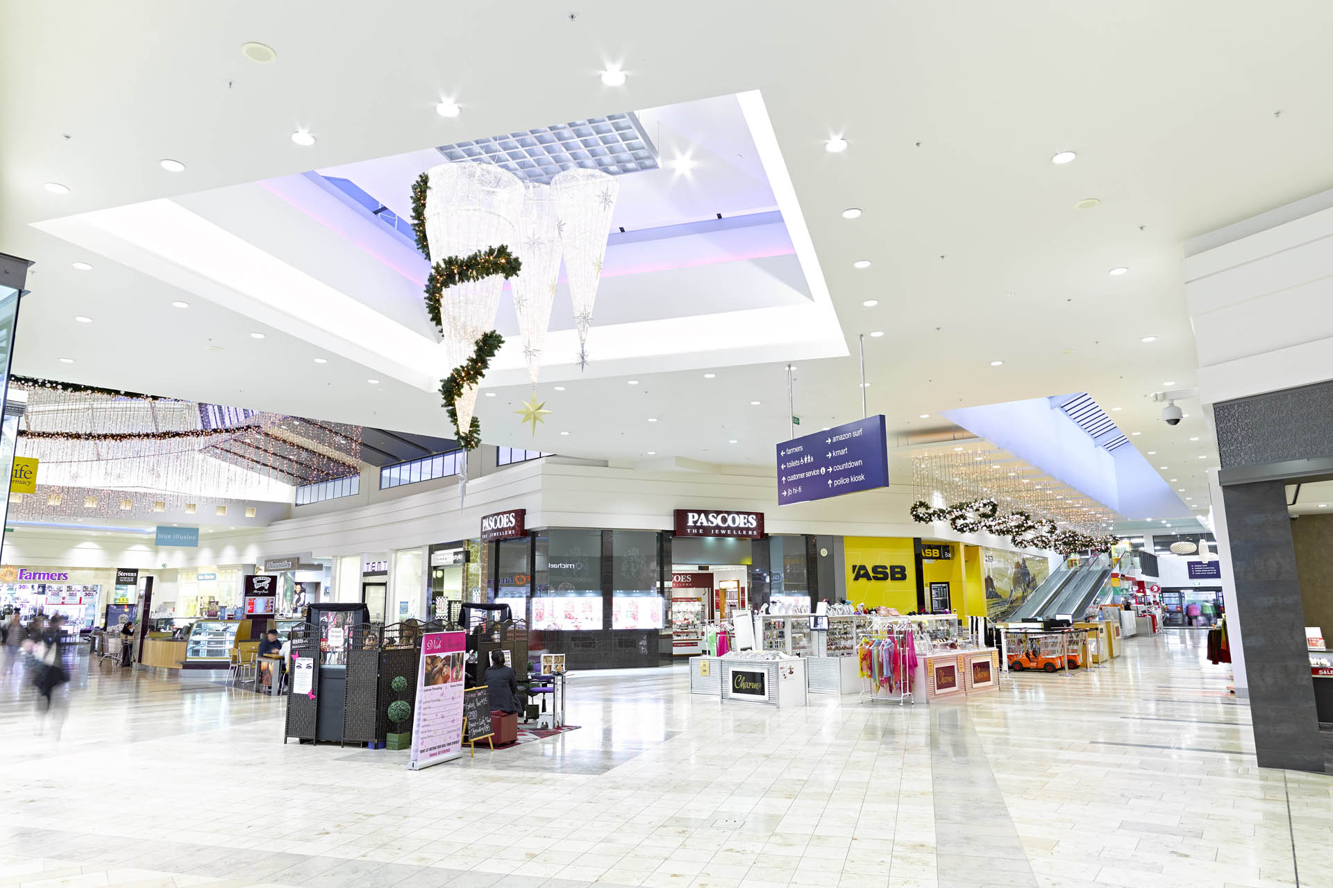 shopping mall the study of They don't call it retail therapy for nothing shopping can actually make you happy, a study has found treating yourself to something nice at the shops apparently has a 'lasting positive impact on mood' and leaves 'few if any negative emotional side-effects.