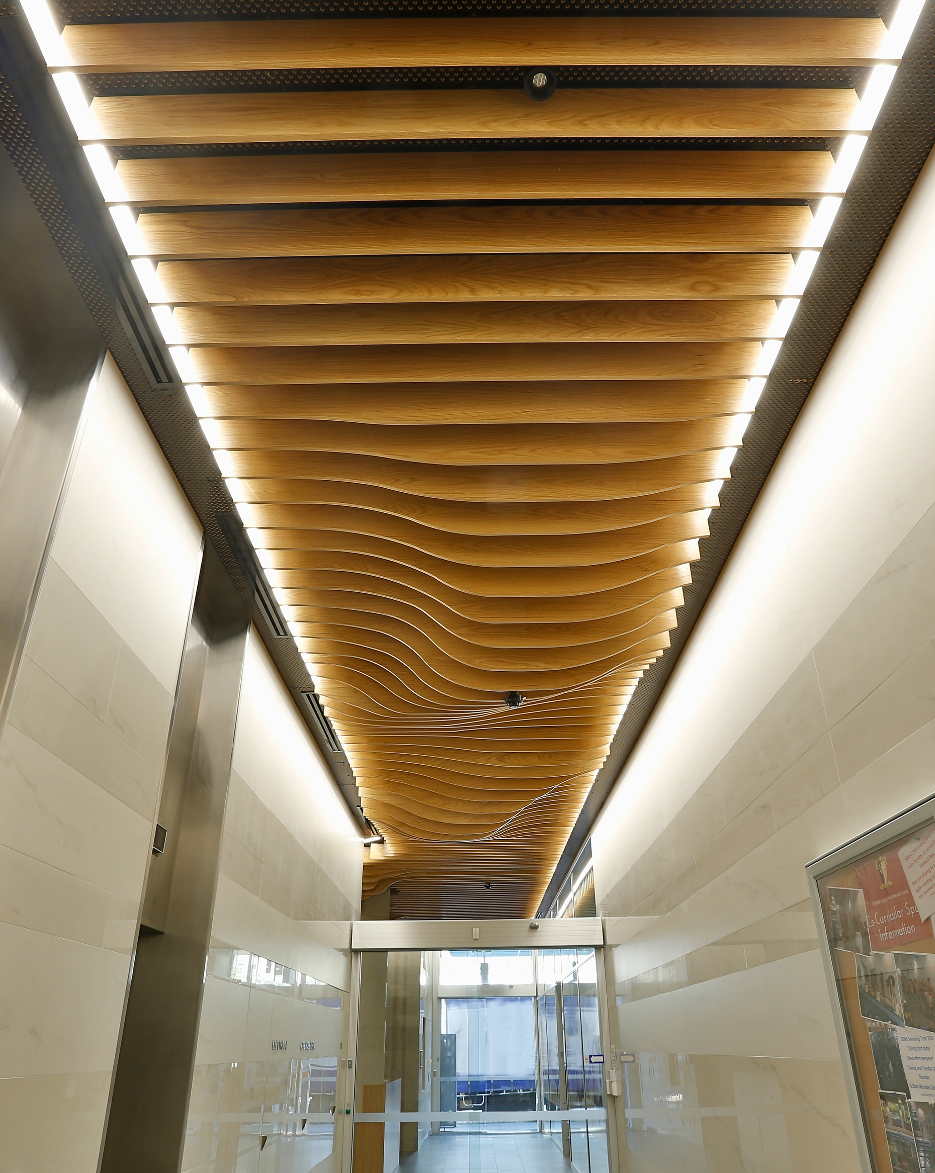 Acoustic And Fire Retardant Timber Wave Blade Ceiling